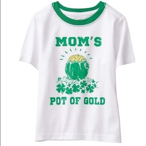 Mom's Pot Of Gold Irish ☘️ Toddler Tee